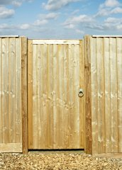 Charltons 0.91M (3ft)  Country Gate TSW